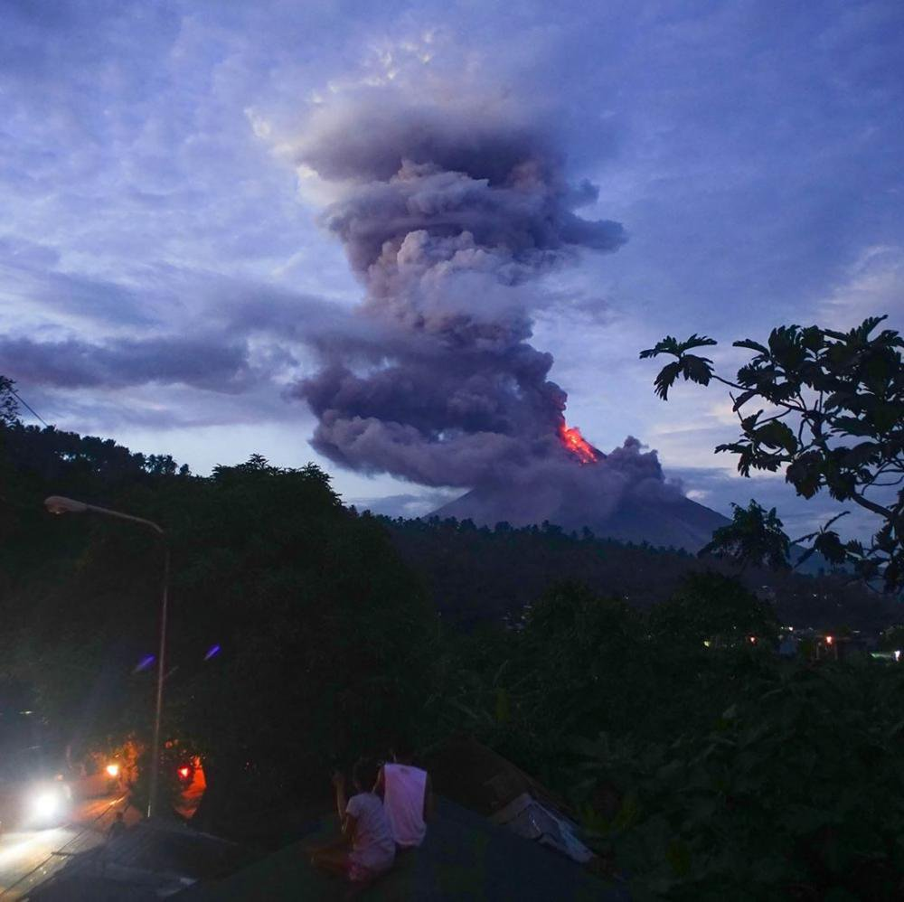 Manille : Éruption du volcan Mayon